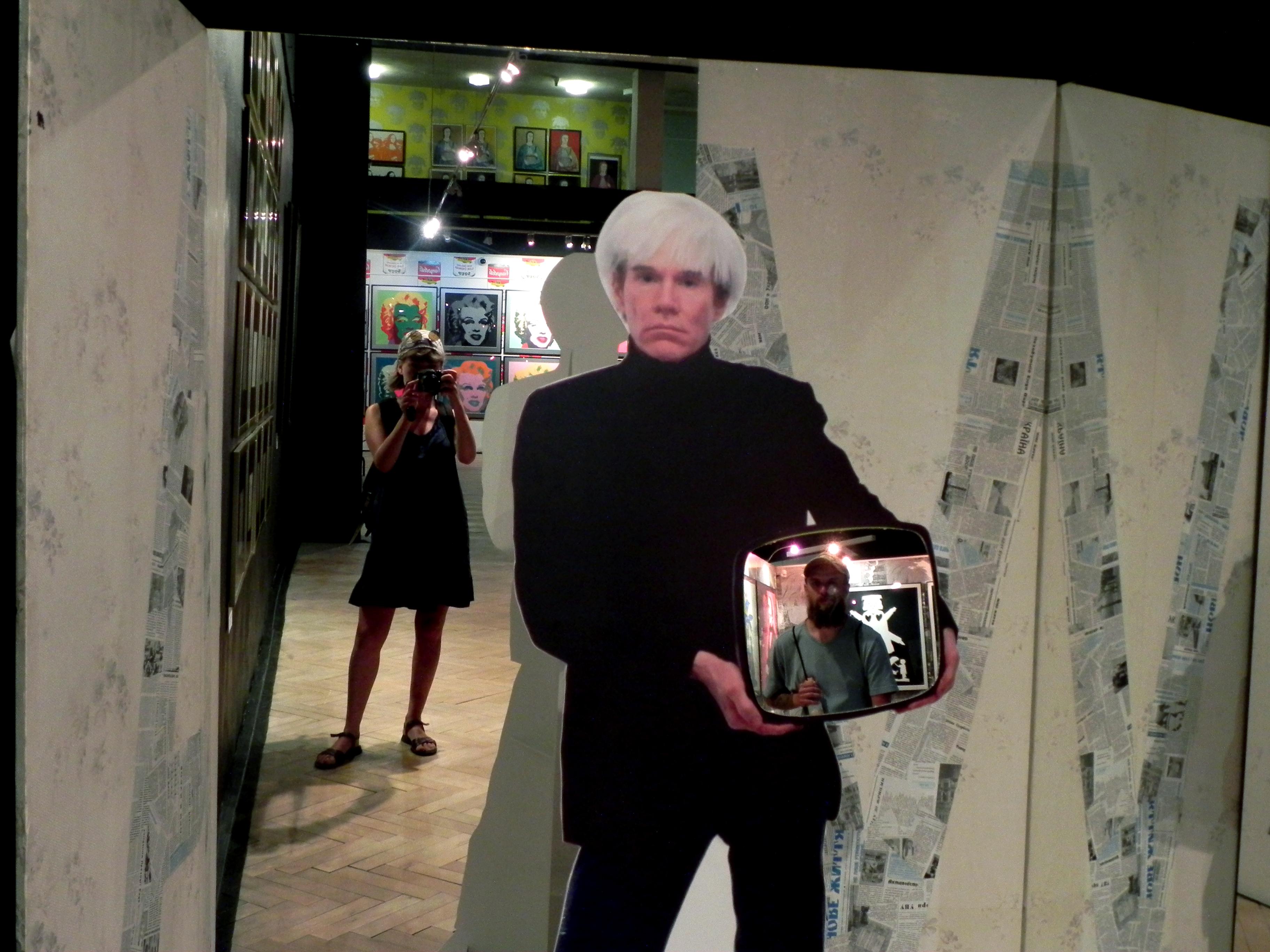 z Andym Warholem